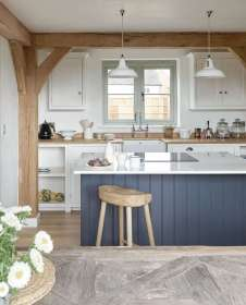 kitchen kitchens beams cottage remodelista modern awards wooden island exposed wood designs country professional galley considered navy oak vote dark