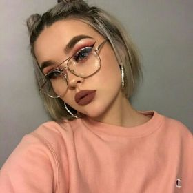 glasses makeup aesthetic goals hair hottie baddie instagram ig baddies beauty trucco maquillaje face mylittlejourney lentes fake glass maquiagem shordy