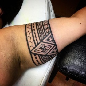 tattoo armband arm tattoos band meaning tribal biceps maori designs forearm hand meanings ink wire tattooimages biz tatuagem shaped mean
