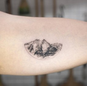 51 Tiny Tattoos You're Going To Be Obsessed With TattooBlend