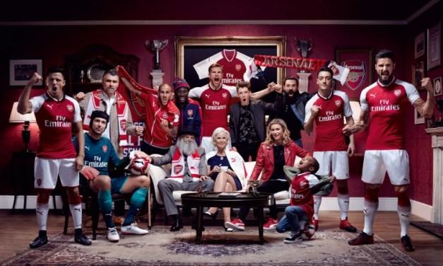 Arsenal apresenta fardamento para a próxima temporada. Veja!