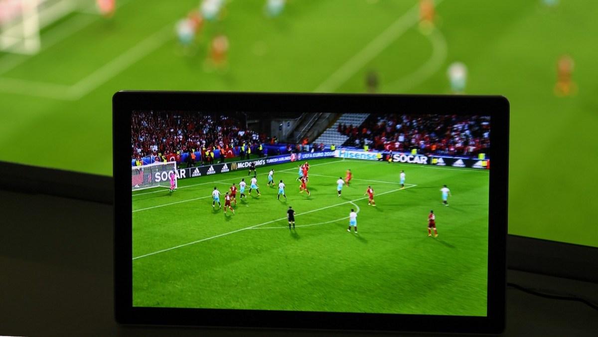 Agência que faz narrações em tempo real para o UOL contrata estagiários ou freelas