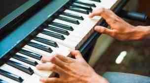 Curso Piano Bliss Dominando Acordes Cifras e Ritmos Walter Amantea
