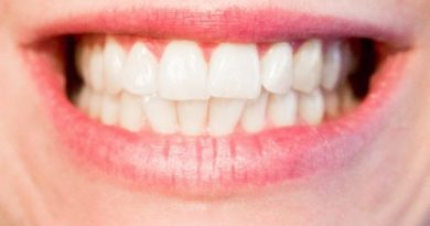 Девять естественных способов отбелить зубы