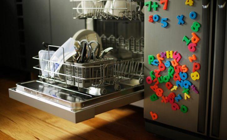 7 советов по уходу за посудомоечной машиной