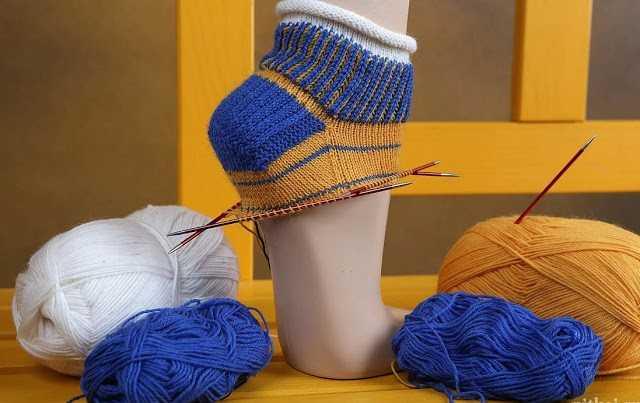 20+ вариантов пяточек для вязанных носков… Защищаем пятки у носков!