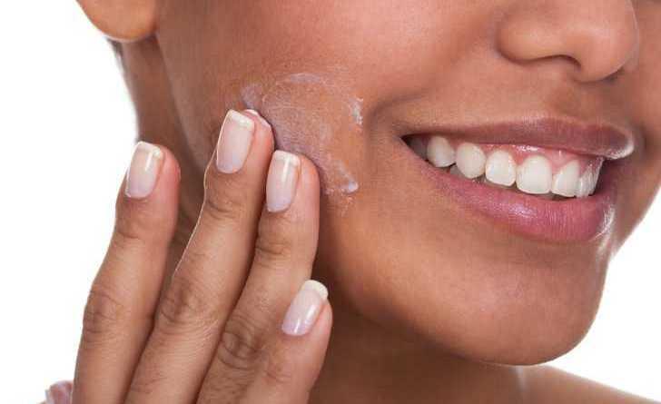 Опасные токсины, которые мы постоянно втираем в свою кожу — и не знаем об этом