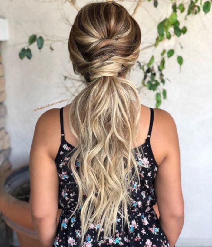 прически для длинных волос фото 15