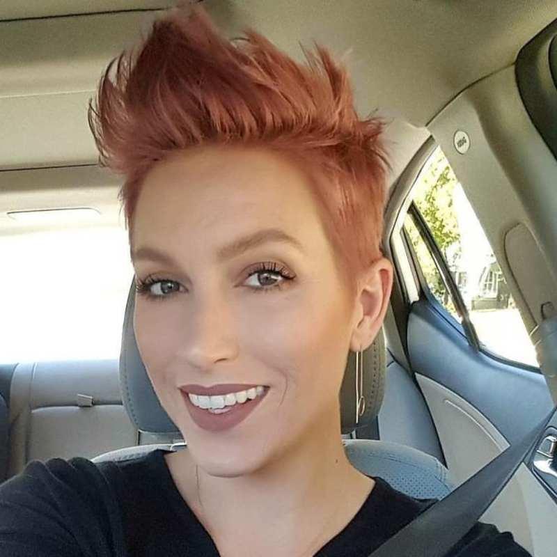короткие стрижки для рыжих волос фото 15