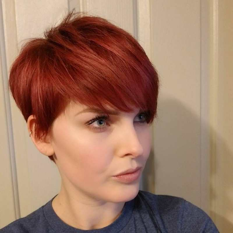 короткие стрижки для рыжих волос фото 16