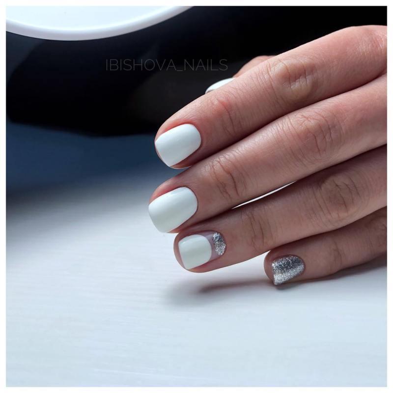 белые короткие ногти 2019_21