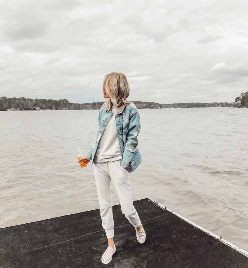 С чем носить джинсовую куртку в новом сезоне: 15 сногсшибательных образов