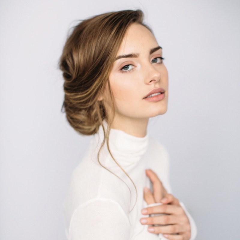 длинные волосы с косой челкой фото 9