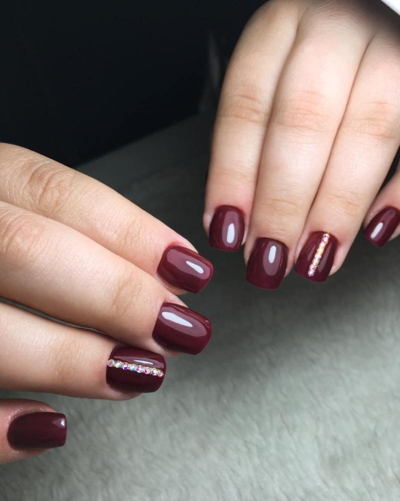 короткие темные ногти_21