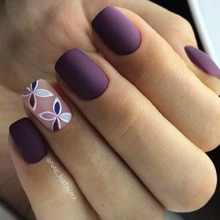 короткие темные ногти_18