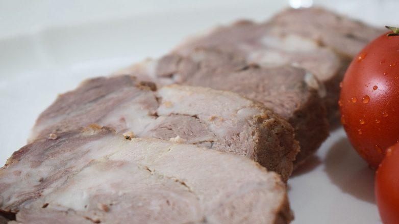 Мясной рулет из свинины. Как буженина по-домашнему