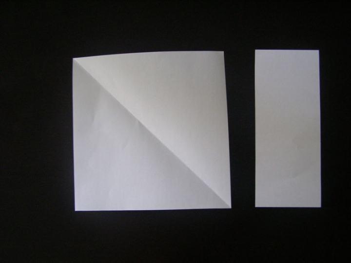 Квадрат из бумаги