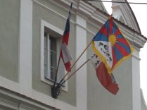 Vlajky na radnici - detail