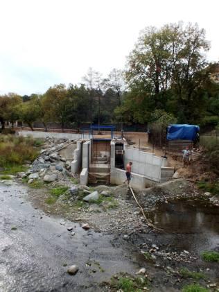 Stavba vodní elektrárny