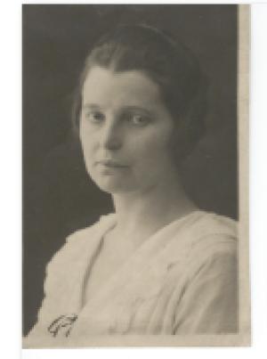 Dora Gallner1