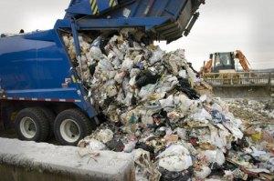 garbagetrucklandfill