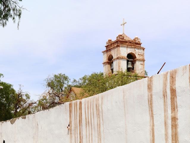 A San Pedro, les maisons sont faites de terre et de paille: l'adobe. Alors quand il pleut -rarement- ça fond comme du chocolat