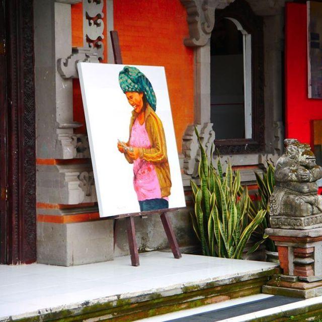 Dans les rues de Bali mme les tableaux rient !hellip