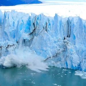 le glacier du perito moreno est incontournable lors d'un voyage en argentine