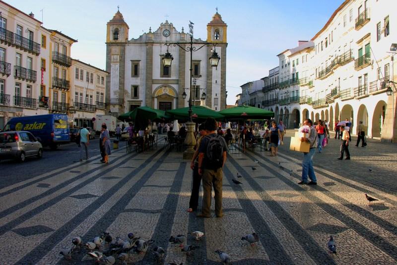 Praca do Giraldo à Évora
