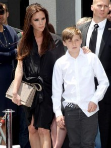 Victoria and Brooklyn Beckham | Hollywood Walk Of Fame | Pictures | Photos | New