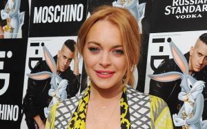 #NowNews: Lindsay Lohan dice NO a una campaña de comida rápida porque ofende su integridad.
