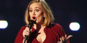 #NowNews: Adele olvida la letra de su canción en pleno concierto (+VIDEO)