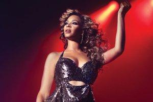 #NewNows: Beyoncé da tributo a hombres asesinados