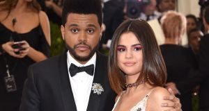 #NowNews : #SelenaGomez y #The Weeknd presumen su amor.