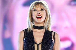 #NowNews : Taylor Swift mostró el tracklist de Reputation