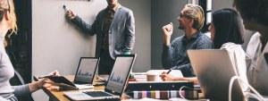 Podcast 32: Dlaczego ludzie zostają w firmach a dlaczego z nich odchodzą – Wyniki Raportu Employer Brand Research