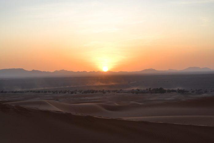 desert-sahara-coucher-soleil-dunes-excursion-maroc-noworries