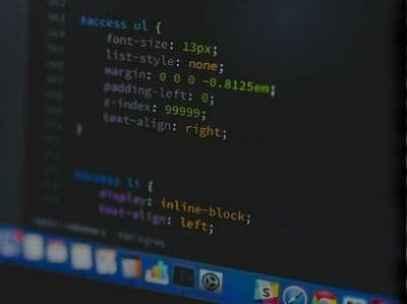 code-screen-darker-400