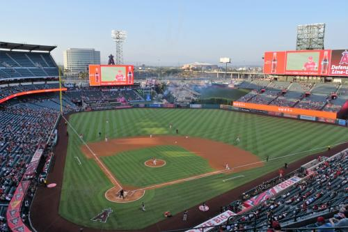 【悲報】メジャーリーグ観客動員数4%減…03年以来1試合平均3万人未満に