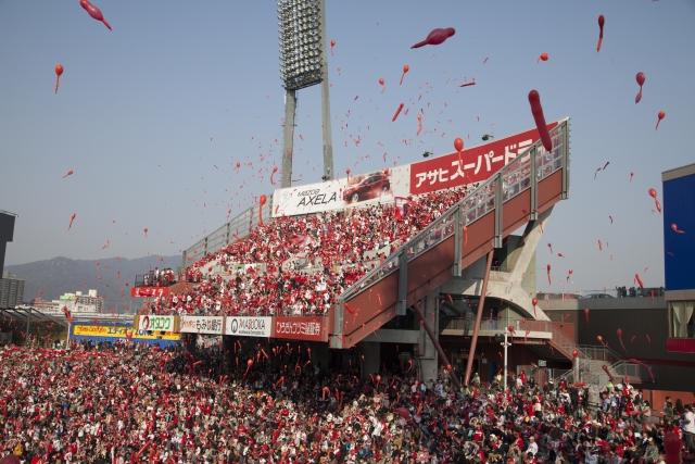 NPBさん、巨人対広島(マツダスタジアム)をオープン戦に組んでしまう…