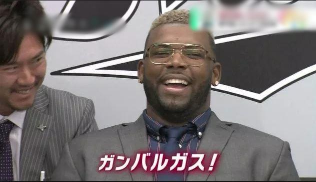 【悲報】ロッテ・バルガス 打率.000 0本塁打 0打点(6三振)