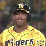 【画像】セクシータイムこと阪神ソラーテさん、笑顔で帰国