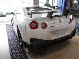 GT-R NISMO Back 2