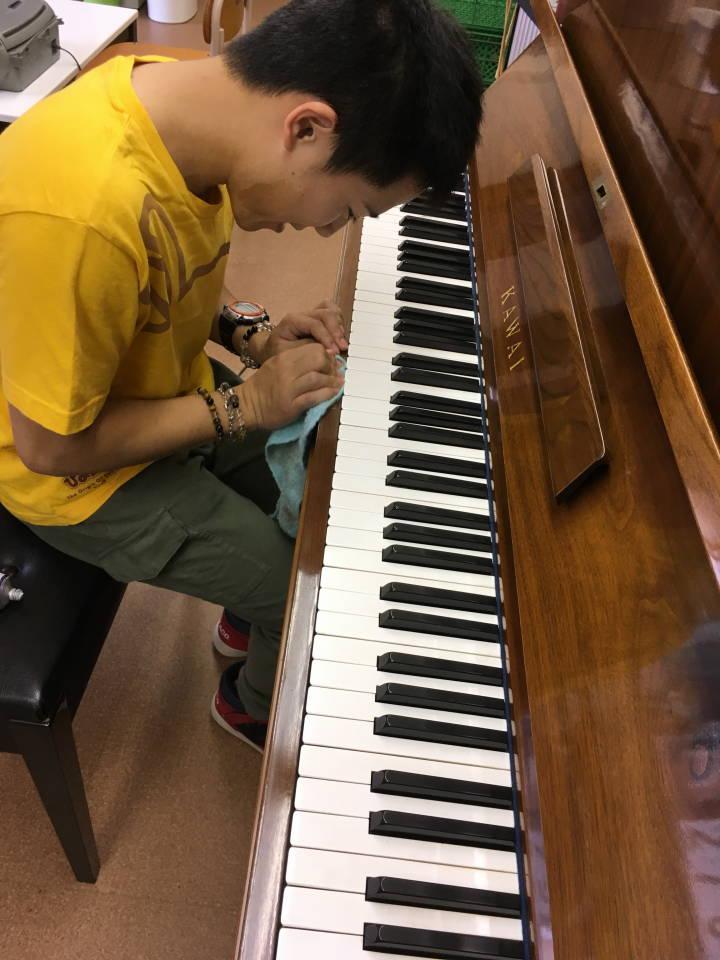 ピアノのそうじ