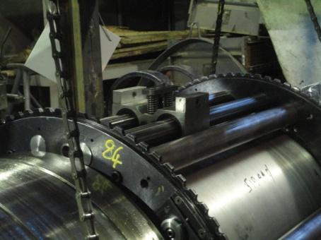 Обработка шеек вала ротора