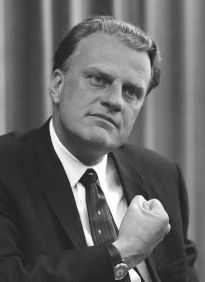 800px-billy_graham_bw_photo_april_11_1966
