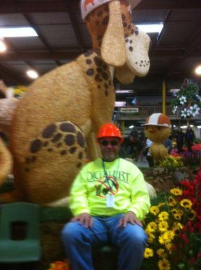 Marshall Johnson and the DigAlert float.