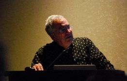 Dr. Dan Simberloff during his keynote address.