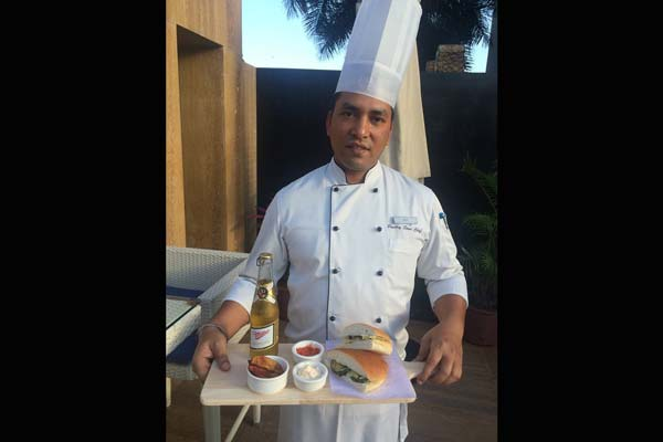'Panini & Beer' Treat at 3 Spices, DoubleTree by Hilton