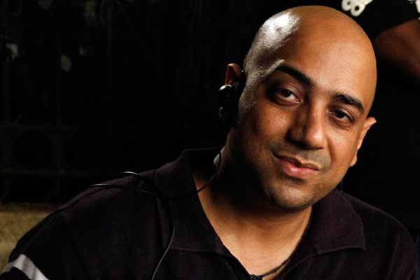 From Bollywood with love! Director & Writer Sanjay Khandduri signs a Hollywood film